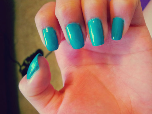 beautyyandbrains:  I'm really into this color now