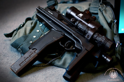 Another picture of my nice KWA MP9, I still love this gun, stupidly good for CQB. I have mine fitted with a dangerwerx valve so that it keeps the FPS at about 330 and good for the Mall over in Reading. I shall have some fun with it come my next game at the end of this month.
