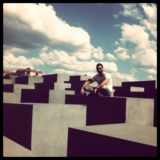 #berlin #holocausto #architecture  (Taken with Instagram)