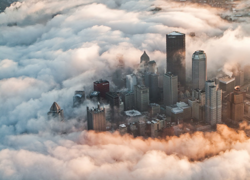landyscape:  Pittsburgh fog aeriel (by: press1)