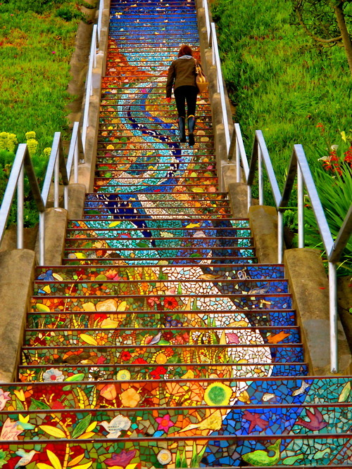 intoxicating-euphoria: Mosaic stairs. Over 12,000 notes wowza thanks everyone :))   Submitted by thekaycho Follow this blog, you will love it on your dashboard