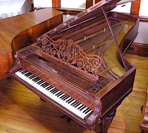 (via The Historic Piano Collection)
