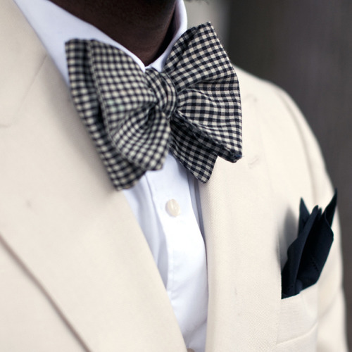 manchannel:  Gingham Bow Tie.