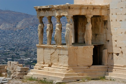 Ancient Greek architecture by Jean-Pierre Roche