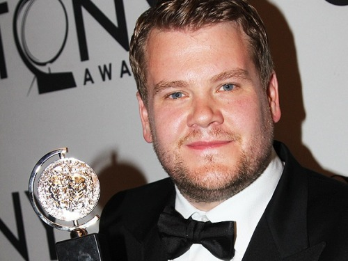 "ONE MAN, TWO GUVNORS star James Corden salutes his ""favorite actor in the world"" Philip Seymour Hoffman in a tearful Tony speech"