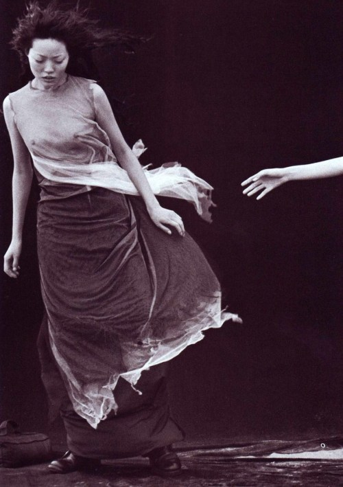 A Windy Summer Peter Lindbergh for Vogue Italia May 1999