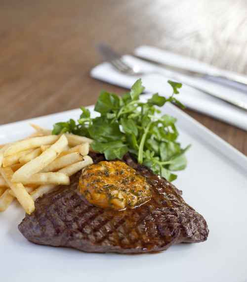 fyeahnomnoms:  Minute Steak by AussieBarracuda on Flickr.
