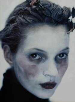 moscowprotection:  Kate Moss in The Premoment by Paolo Roversi