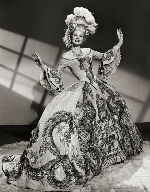 "valentinovamp:  Lucille Ball in ""Du Barry was a Lady"" (1943)."