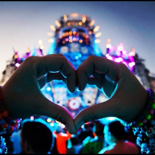 drkntruong:  #EDC #qdance (Taken with Instagram)