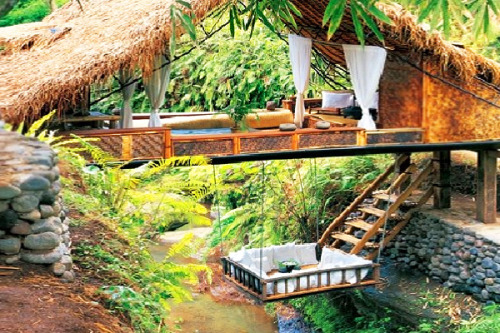 (via Dreamy Panchoran Retreat is Made Old Telephone Poles and Bamboo from the Forests of Bali Panchoran Retreat – Inhabitat - Sustainable Design Innovation, Eco Architecture, Green Building)