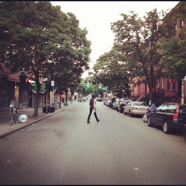 Bye bye Brooklyn, Bedford Avenue 5:30am #Williamsburg #everydaylife #streetphotography  (Taken with Instagram)