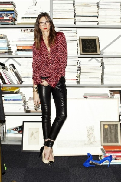 The blouse, the pants, the shoes. Killer. Did you know Jenna has a 40-inch inseam?!  Credits: Girl Crush: Jenna Lyons