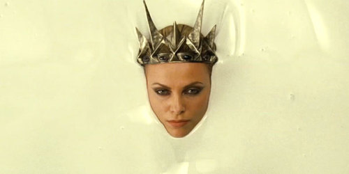 missbionic:  The best thing about 'Snow White and the Huntsmen'? Charlize Theron blates.