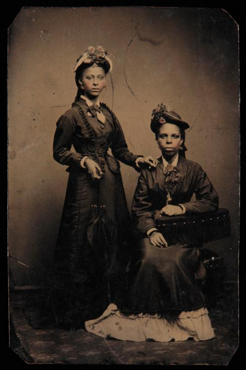 Tintype of James Weldon Johnson's mother and sister: Helen Louise Johnson (1871-1938) and Agnes Marion Edwards (1885-1976) ca. 1870 Yale Collection of American Literature, Beinecke Rare Book and Manuscript Library