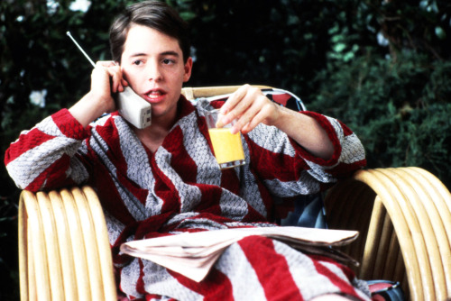 buzzfeed:  nedhepburn:  Ferris Bueller's Day Off came out today (June 11th) in 1986.  Also, ET is 30 years old today.