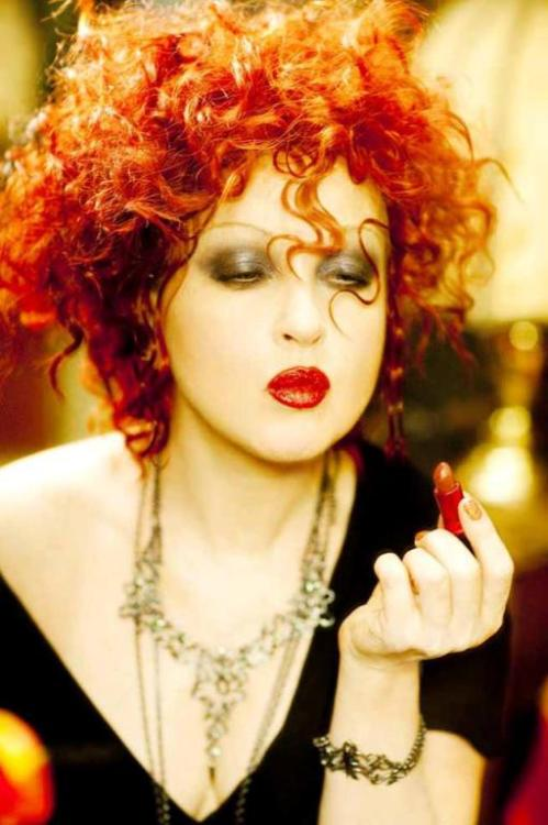 darkestknight32:  cyndilauperarchive:  Cyndi Lauper  www.cyndilauperarchive.com  Just wow!