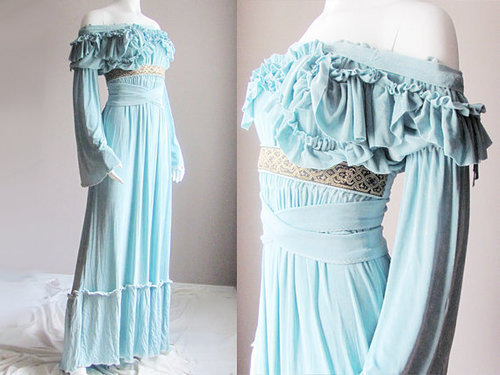 i-am-many-things:  lace-me-tighter:  Reproduced medieval wedding gown in pale aqua.  I'd totally wear this at my wedding.