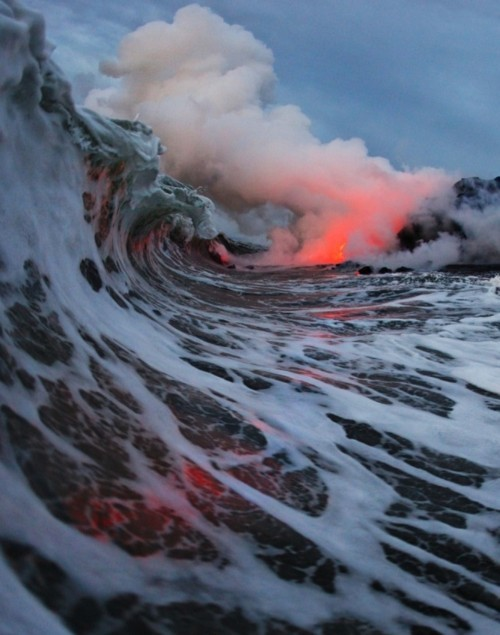 asaya:  waves and lava via