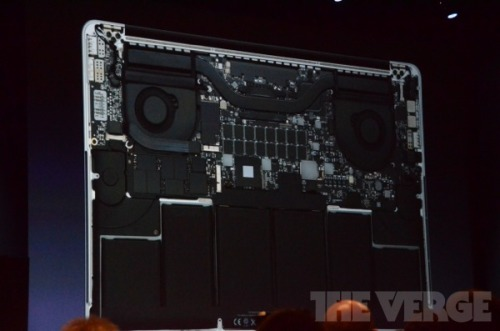 For fans of innards, here's what the inside of the new MacBook looks like.
