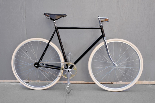 whereisthecoool:  The Domenica Bike by Bertellibici