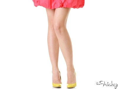 8 Reasons To Show Off Your Legs Right Now! - The Frisky