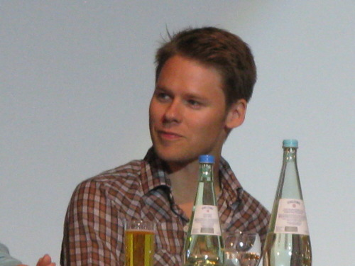 nivahlpassions:  Sunshine ^_^ Qaf Convention. My photos. Don't repost, only reblog. Thank you!!!