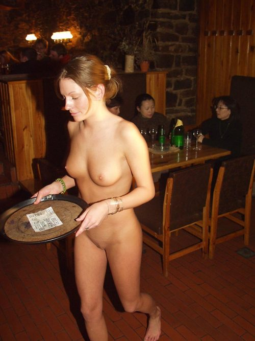nudeforjoy:  nuditymakesbeauty:  The bill, please  Be sure to leave a good tip.