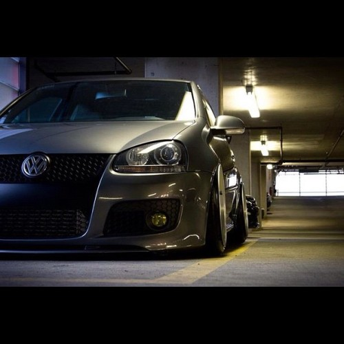 itstanced:  lowlife4life:  Fitted to perfection #euro #hellaflush #fitment #stance #euro #vw (Taken with Instagram)   (via imgTumble)  Wow