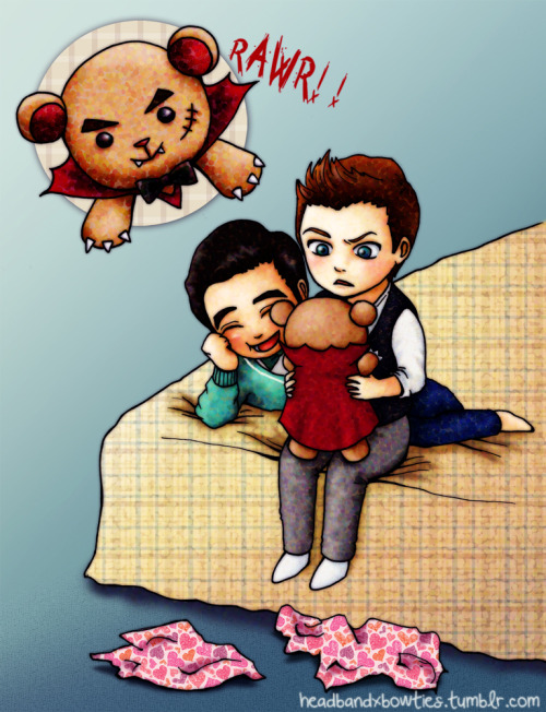 "headbandxbowties:  So here is my entry for the klaine reversebang, inspired by ""On My Way""! (Full size) Many thanks to the lovely icedwhitemocha for claiming my cracky art and writing an adorably amusing story to go with it. She is so easy going and enthusiastic about the project, it has been a real joy working with her! (Well, me working as in reading sneak peaks and squeeeing non-stop…) Now go read the fic!! And let us know what you think! :D  Title: A Mild Case of Vampirisim Fic Summary: Sometimes a teddy bear is just a teddy bear. This is not one of those times. (NC-17) More (spoilerish!) Art:  [x]  [x]"