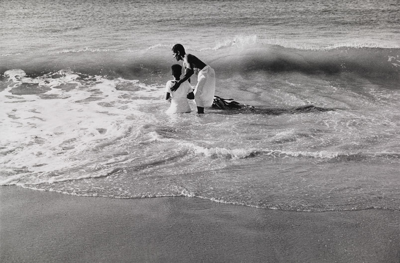 Marilyn Nance.  Baptism, 1986. Gelatin silver print. Smitsonian American Art Museum, Museum purchase made possible by the Luisita L. and Franz H. Denghausen Endowment and the Smithsonian Institution Collections Acquisition Program. © 1986, Marilyn Nance.