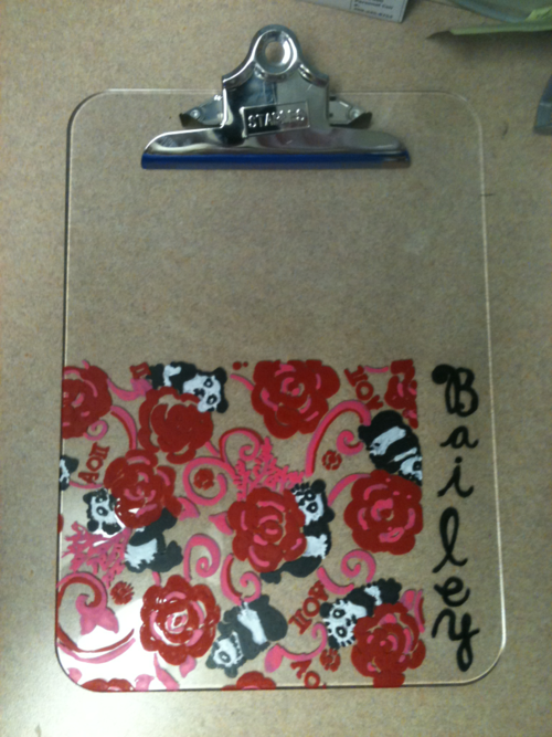 sororitysugar:  Lily Inspired clipboard I made for my Supervisor  AXO <3 AOII  submitted by: itsonapapernapkin