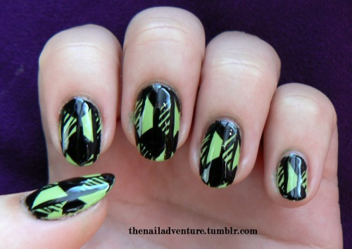thenailadventure:  Green And Geometric