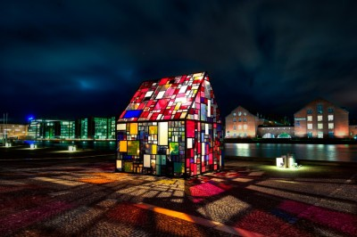 Tom Fruin, Kolonihavehus