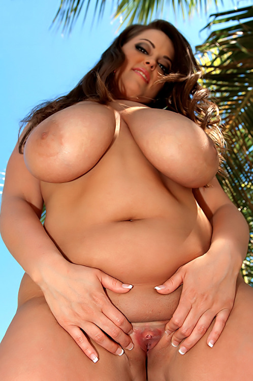 bbwmatch:  Taylor Steele