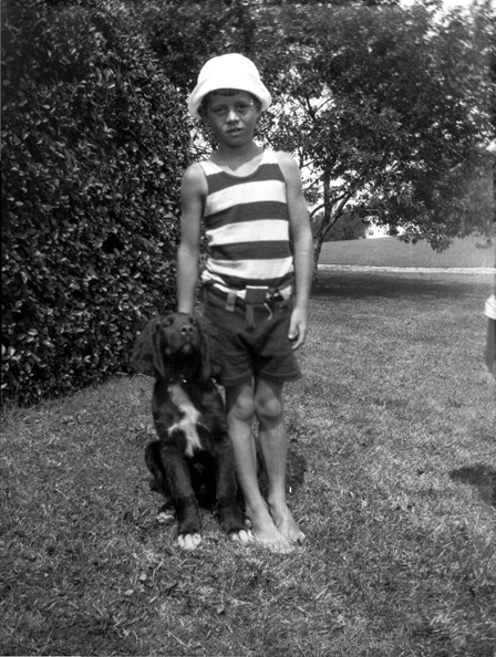 mapoliwithanimals:  President John F. Kennedy, with dog named Bobby, at Hyannisport 1925 (courtesy John F. Kennedy Library Foundation)