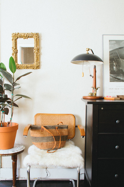 (via sneak peek: jessica comingore | Design*Sponge)