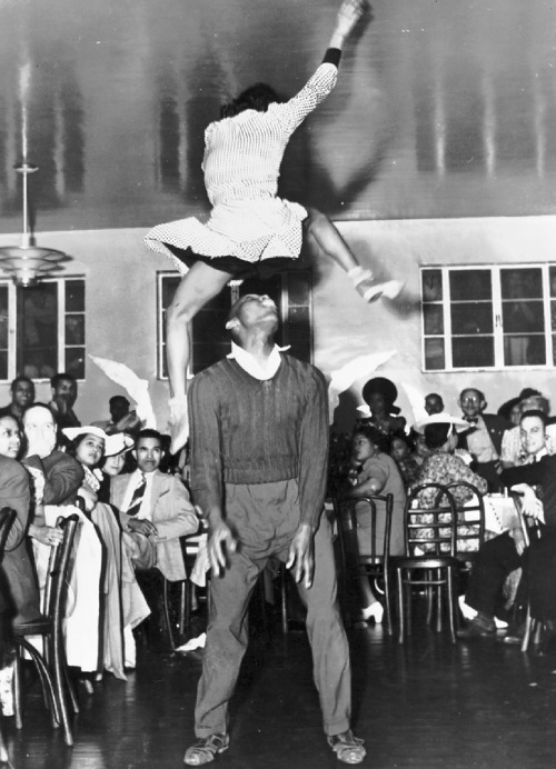firsttimeuser:  Frankie Manning and Ann Johnson in 1941 Courtesy of The Arizona Lindy Hop Society