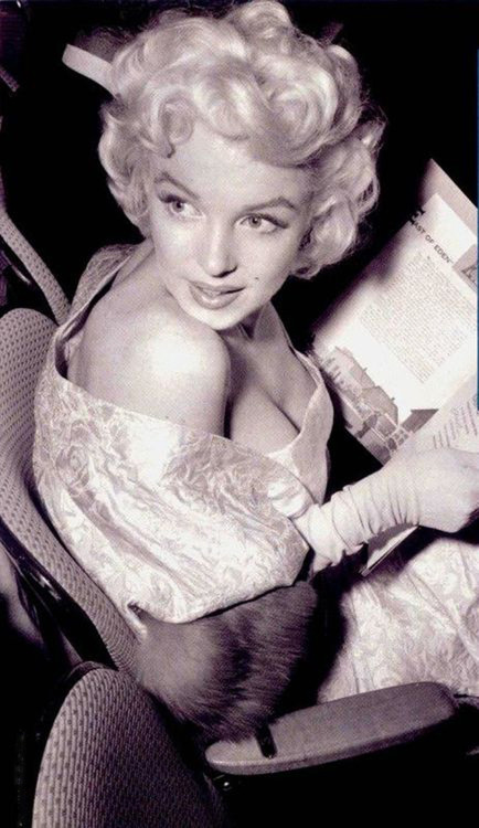 "Marilyn, 1955 ""East of Eden"" premiere"