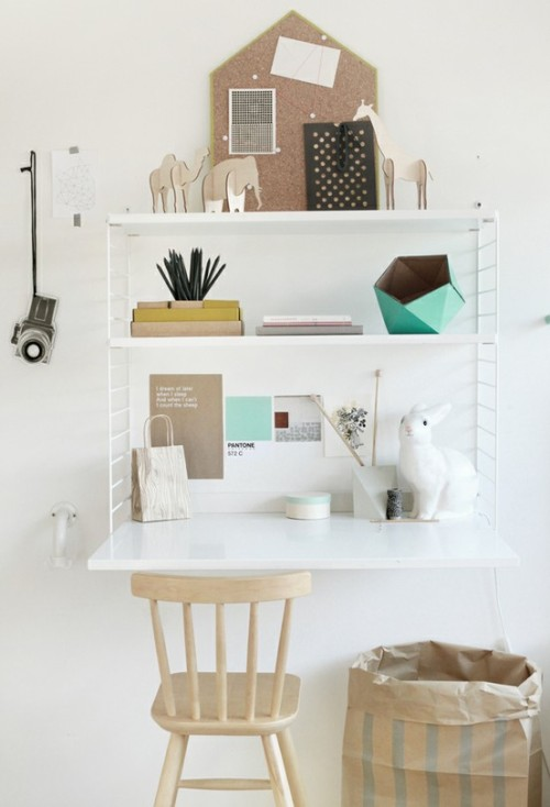 micasaessucasa:  (via * COMFY WORKSPACE * / from Weekday Carnival)