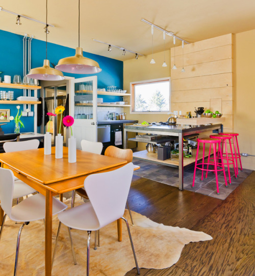 Give me color.  designismymuse:  micasaessucasa:Spectacular Colorful Home Interior by Envi Design