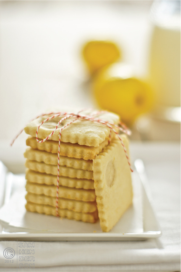(via Treat of the Week: Lemon Shortbread - Today's Nest)