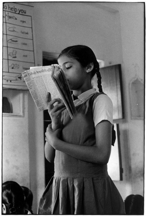 William Gedney, Girl reads aloud from her book,  India, ca. 1969-1971