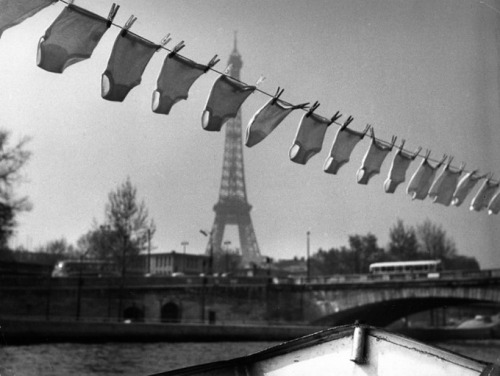 frenchtwist:  via tamburina:  Robert Doisneau