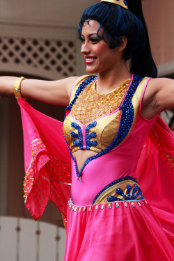 Soundsational Belly Dancer on Flickr.