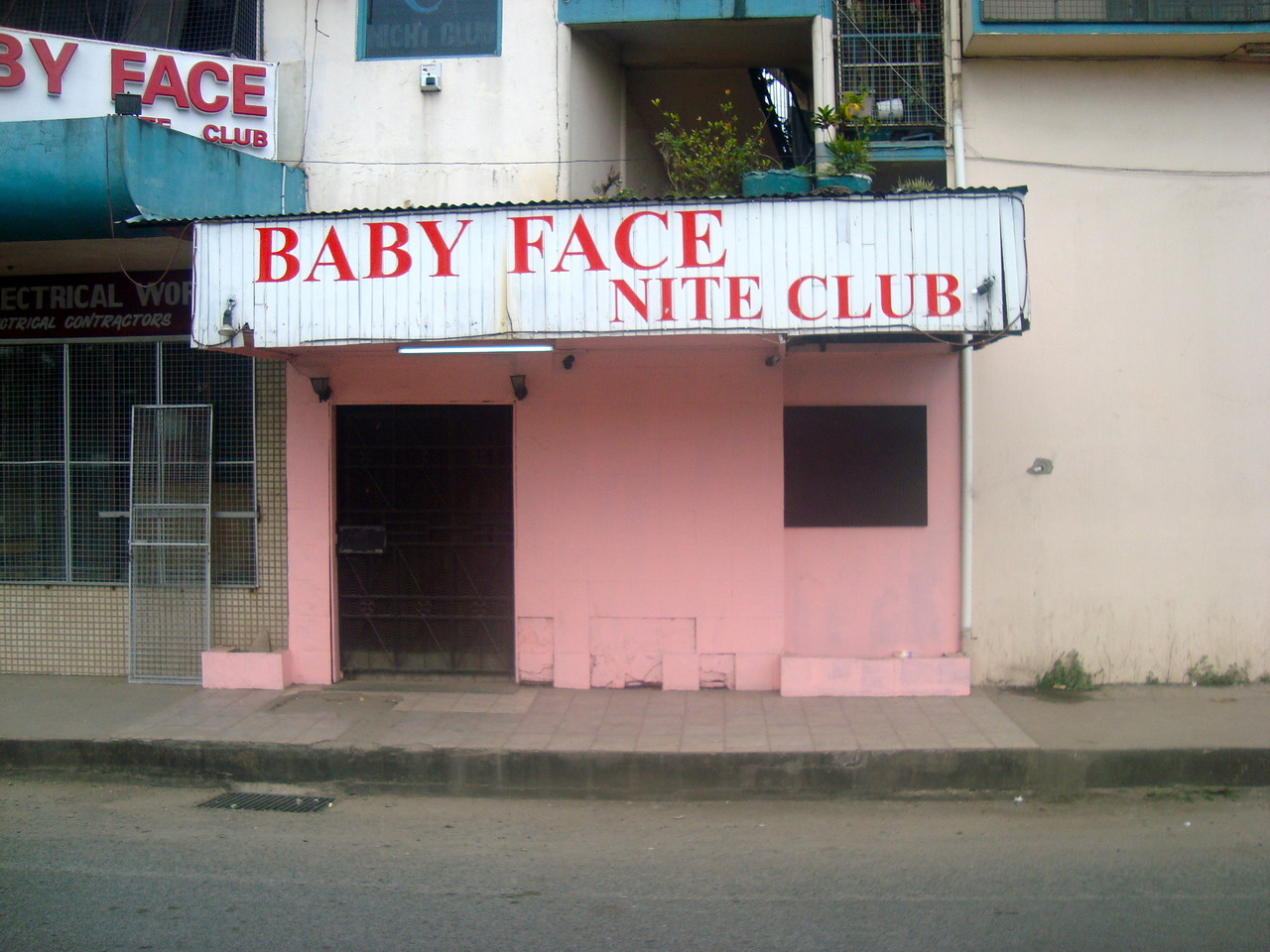 deadlyvibes:  Some awesome and rowdy looking night club i saw in fiji