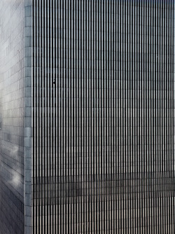jesusaintdead:  the aesthetics/visual appeal of the twin towers is pretty ridics