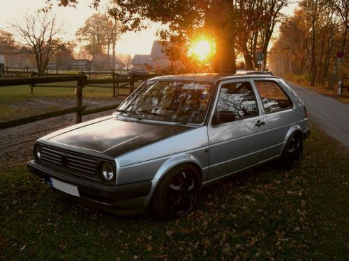 carmonday:  Believe it or not. This is the fastest street legal Golf. Volkswagen Golf II 1.8 16V GTX4202R 4-motion 1/4 mile in 9.08s