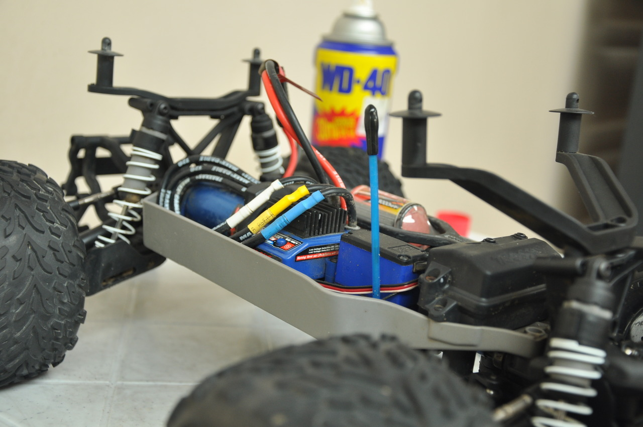 the Traxxas Stampede 4x4 VXL's inner workings - any other RC hobbyists out there?