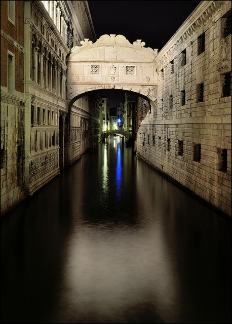 """ponte dei sospiri"" …  Bridge of Sighs by night … Venice - Italy on Flickr."